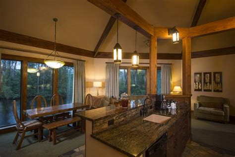 treehouse villas at disney s saratoga springs bird s eye view in a rustic retreat at saratoga springs
