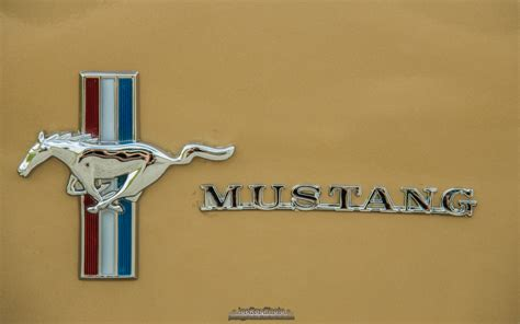Classic Ford Mustang Grille Emblems Parts For 1965 1966 1967 1968 1969 1970 1971 1972 1973 1965 Ford Mustang Emblem