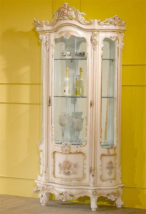 The most expensive display cabinets in the world ? Design