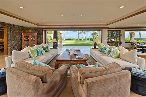 hawaiian living room house of the week hawaiian estate hosted beyonce z zillow porchlight