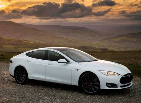 Tesla In Russia Autostat Sales Of Tesla In Russia Fell By 29 For The Year
