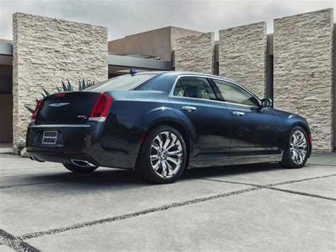 Chrysler 300c Review by 2017 Chrysler 300c Reviews Specs And Prices Cars