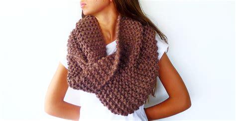 bufanda cuello en crochet o ganchillo de lana o estambre bufanda de lana gruesa en tostado cuello de lana tejido a