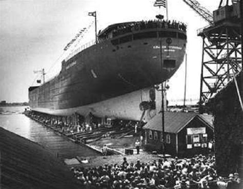 Largest Ship To Sink In The Great Lakes by Mybaycity Hear Fitz Lost Radio Of Edmund