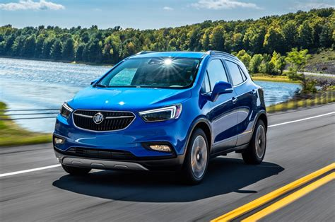 buick encore 2017 2017 buick encore first drive review motor trend