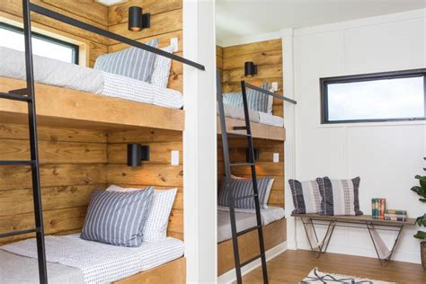 fixer upper house boat fixer upper it floats hgtv s fixer upper with chip and