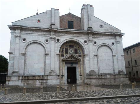 tempio malatestiano interno il tempio malatestiano di rimini un mausoleo di famiglia