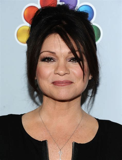 how to get valerie bertinelli current hairstyle valerie bertinelli bobby pinned updo valerie bertinelli