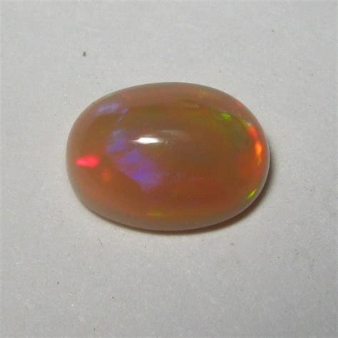 Opal Teh batu mulia opal teh pelangi 0 90 carat