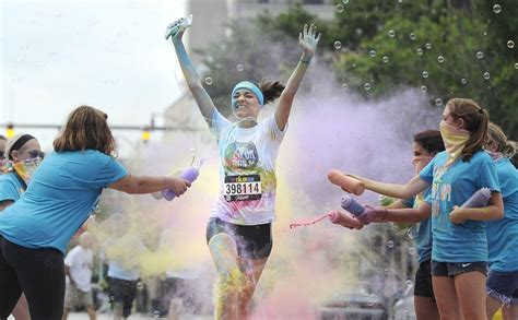 color run erie pa erie color run draws more than 5 000 news goerie