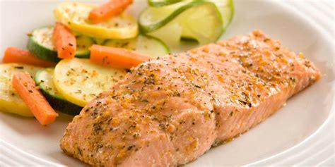 cucinare il salmone fresco al forno ricetta tranci di salmone al forno roba da donne