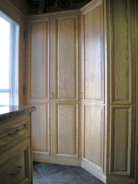 custom  kitchen pantry  accent products company