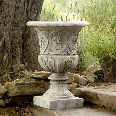 25 quot tall lippie urn planter garden flower