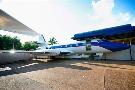 elvis private jet elvis presley s private jets go under the hammer