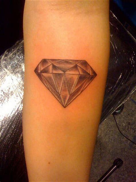 diamond knee tattoo diamond tattoos page 3