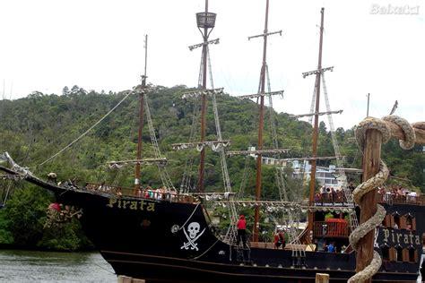 barco pirata balne 225 rio cambori 250 sc papel de parede no - Barco Pirata Camburiu