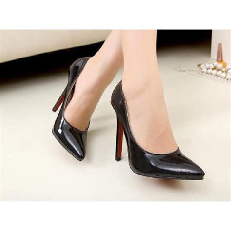 patent high heels patent black high heels