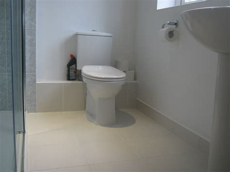 skirting boards in bathrooms how to tile skirting boards diy tilesporcelain