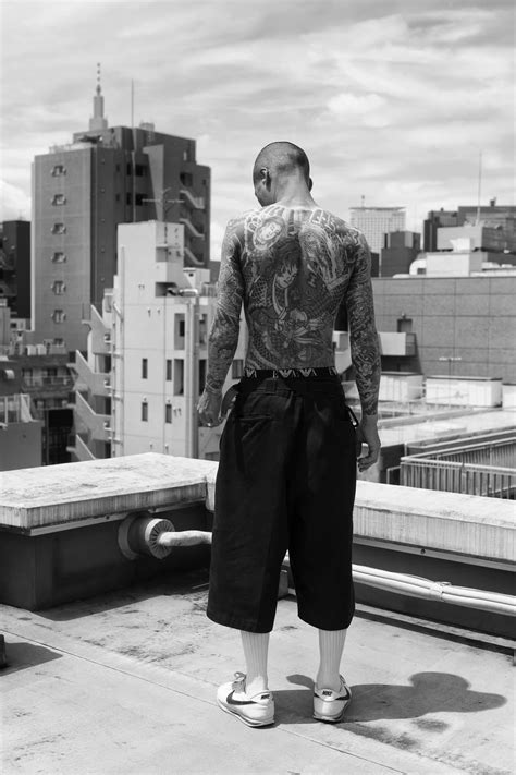 yakuza tattoo in deutschland die yakuza m 246 gen es nicht fotografiert zu werden vice