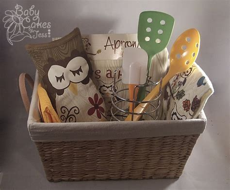 Kitchen Present Ideas | owl kitchen gift basket