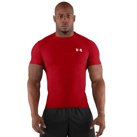 asks about s heatgear 174 compression shortsleeve t
