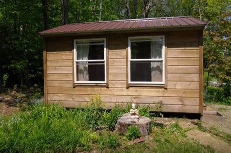 amish built tiny house
