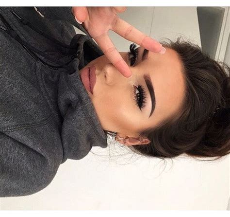 Bold Eyebrow Selfie Time 166 best images about selfie inspiration on