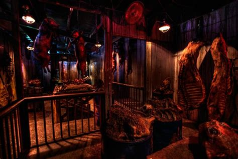 haunted houses in houston the 10 scariest haunted houses in texas to visit this halloween