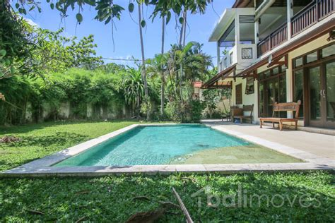 5 bedroom for rent five bedroom family villa on 600m2 land in beachside sanur s local balimoves property