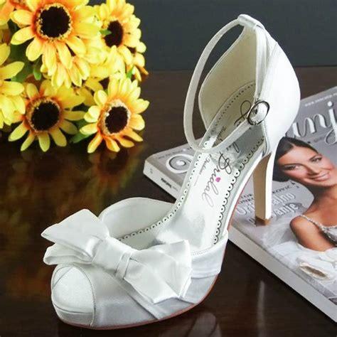 Vera Kitten Heels In White platform wedding shoes
