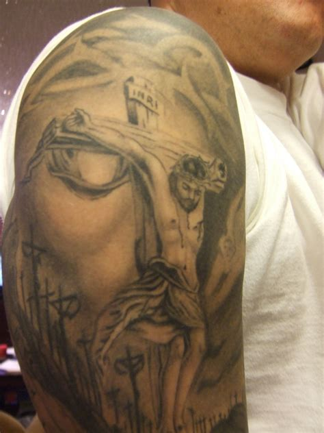 tattoos of faces jesus tattoos jesus inside of design picture