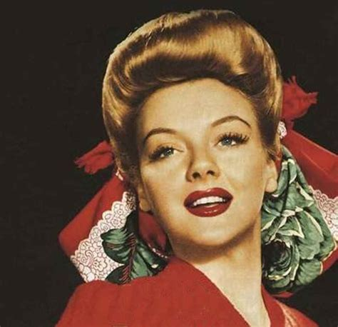 Hairstyles 1940s by 1940s Hairstyles Memorable Pompadours Glamourdaze