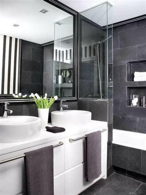 cooles badezimmer einrichten schwarz weiss und grau