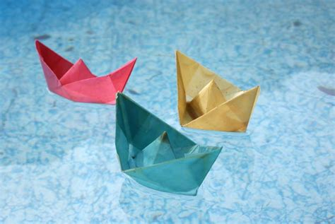Origami Floating Boat - honey easy cake ideas and designs