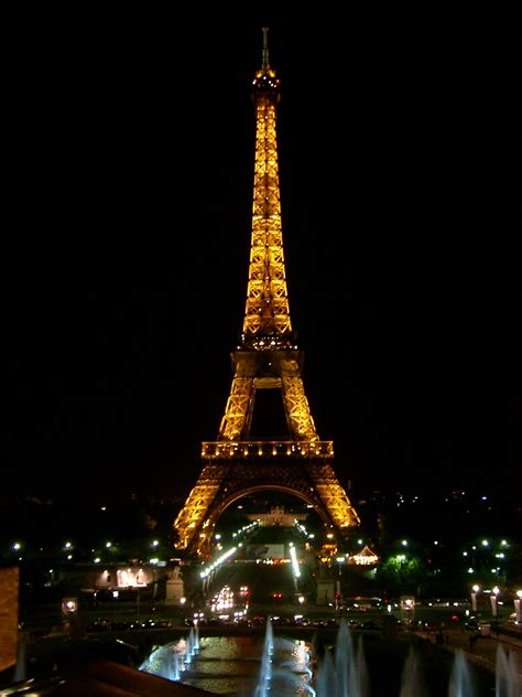 eifel tower paris paris eiffel tower at night