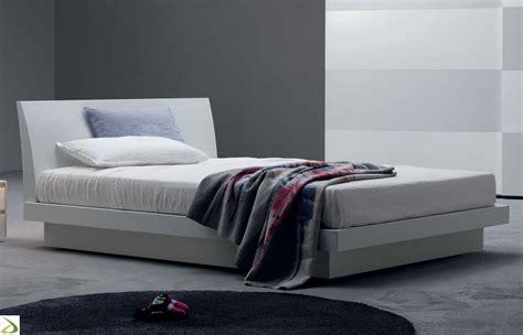 letti matrimoniali con contenitore in legno letto moderno samar arredo design