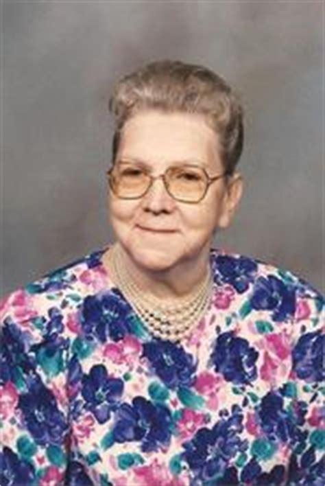 j boats jerseyville il helen moore of jerseyville obituary riverbender