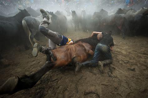imagenes impactantes tumblr hot shots photos of the day bodypainting festival