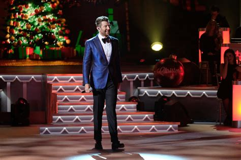 who is the first country to host christmas look smith kelsea ballerini musgraves nettles more perform on
