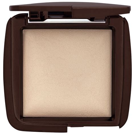 ambient lighting powder review hourglass ambient lighting powder diffused light beautylish