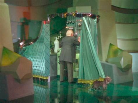 the man behind the curtain wizard of oz call and response a visual conversation