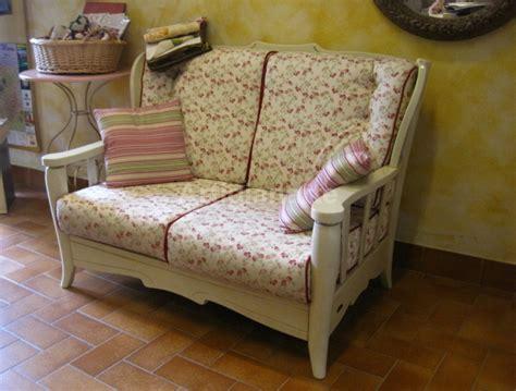 divani a fiori divano avorio fiori artigianarte