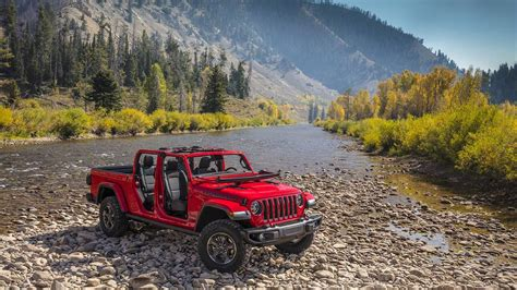 2020 Jeep Gladiator Gas Mileage by 2020 Jeep Gladiator Truck Everything You Need To
