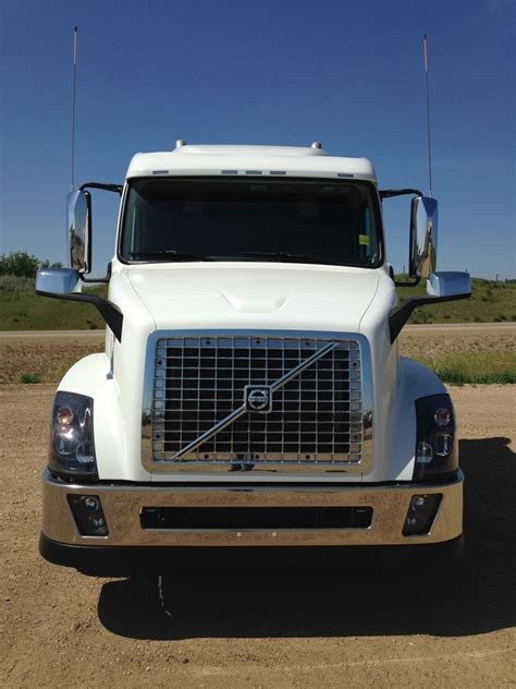 volvo 18 wheeler dealer 100 volvo 18 wheeler dealer dump trucks for sale