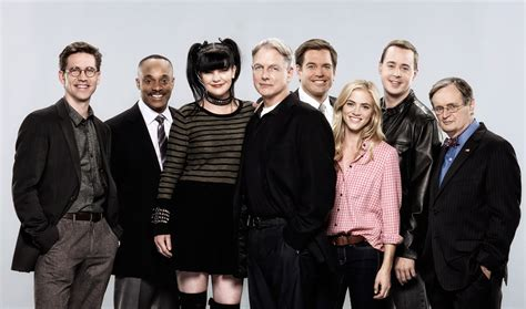 will ncis be renewed for 2016 2017 upcoming 2015 2016 ncis cbs renouvelle la s 233 rie jusqu en 2018