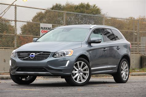 the 2017 volvo xc60 t6 awd inscription is one