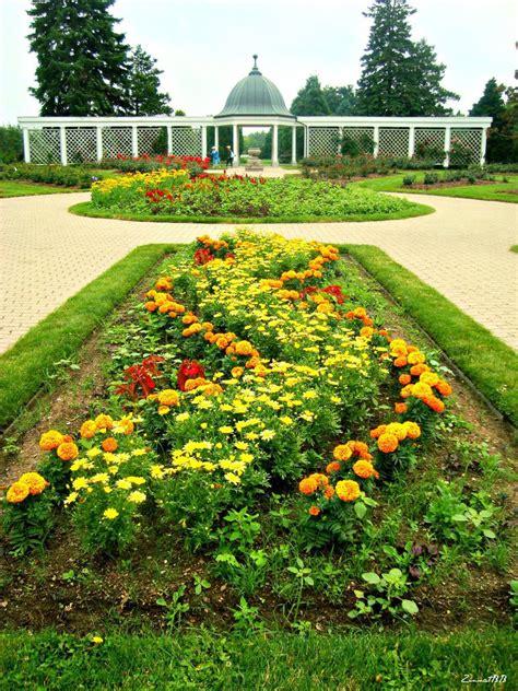 Botanical Gardens Niagara Falls Niagara Falls Botanical Gardens By Zinnatbb On Deviantart