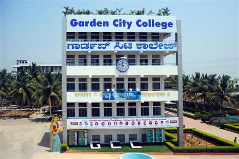 Garden City College management
