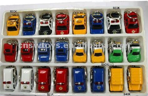 Alloy Mini Car Pull Back Mainan Anak Kado Anak penjualan panas paduan diecast mobil gantungan kunci menarik kembali mobil mini logam mobil