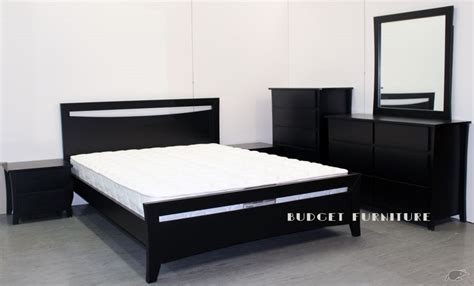 black bedroom suite black pearl 6 piece bedroom suite budget furniture